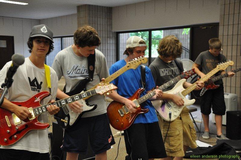 summer-rock-band-class-6