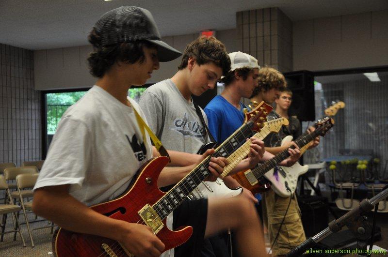 summer-rock-band-class-8